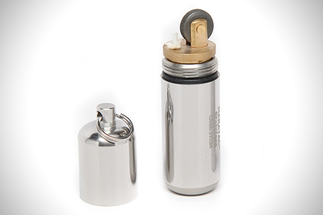 CountyComm Stainless Steel Peanut Lighter