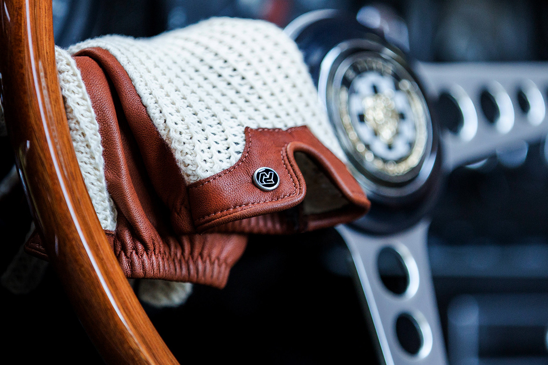 Autodromo Stringback Driving Gloves | HiConsumption