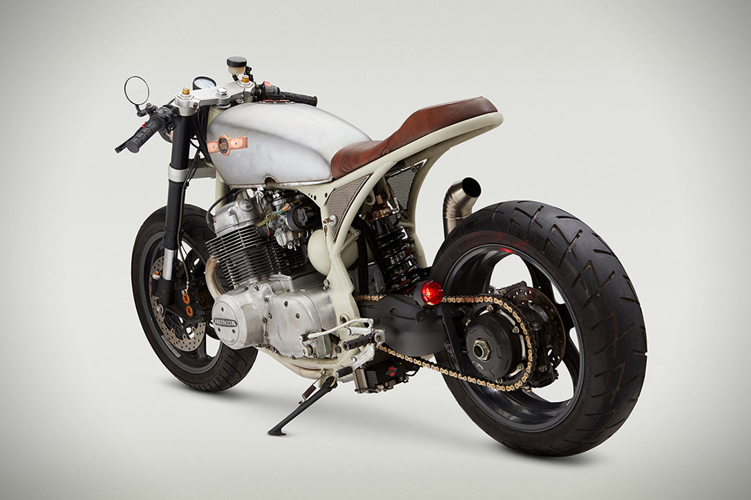 honda cb 750 cafe racer by classified moto hiconsumption. Black Bedroom Furniture Sets. Home Design Ideas