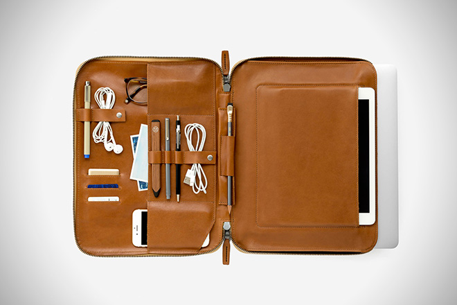 This is Ground Mod Laptop Case
