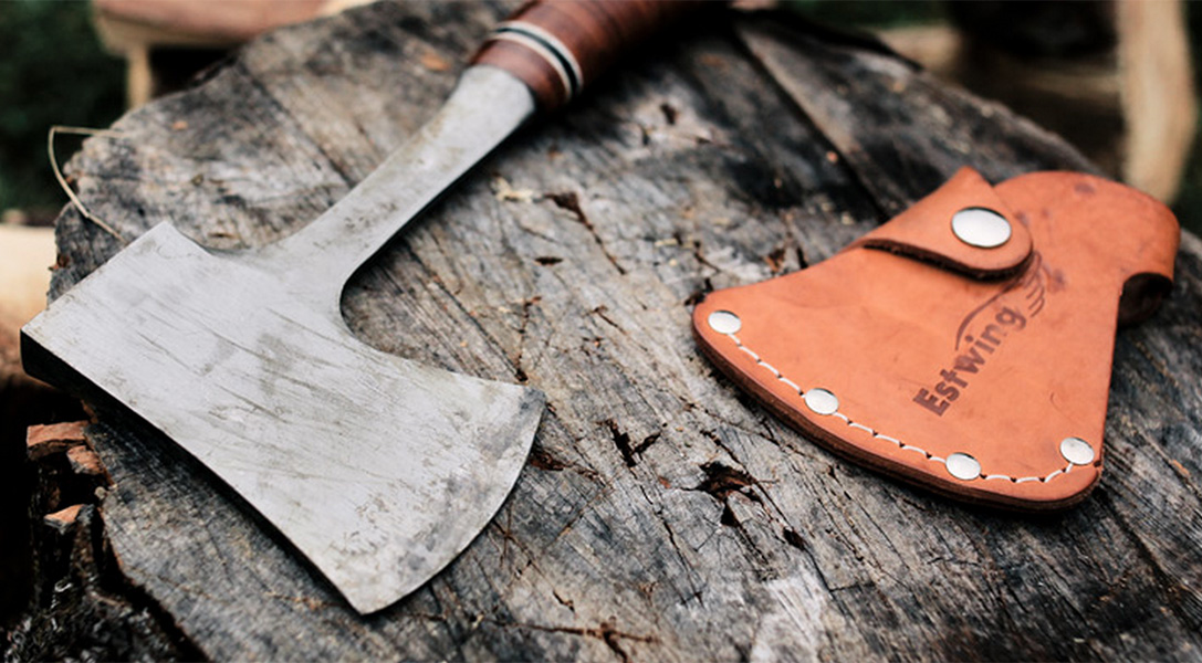 Dead Wood: The 9 Best Camp Axes & Hatchets | HiConsumption