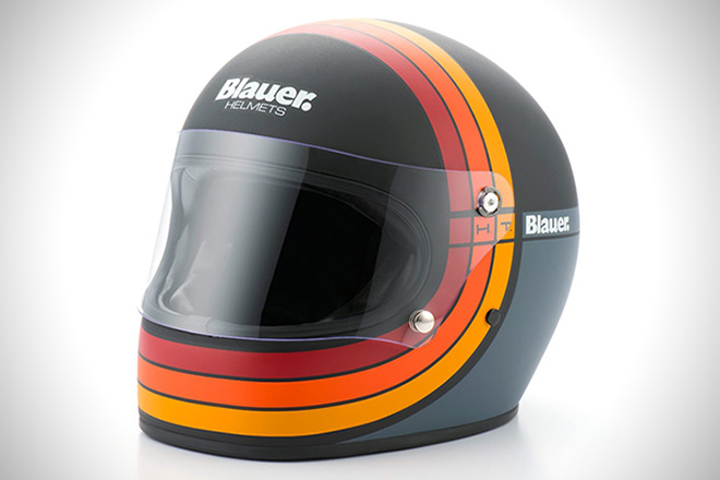 Carbon Fiber Motorcycle Helmets >> The 10 Best Vintage Motorcycle Helmets | HiConsumption