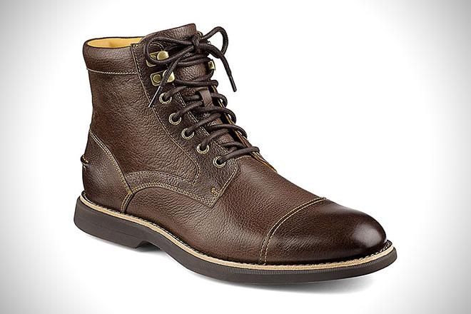 Sperry Gold Cup Bellingham Cap Toe Boots
