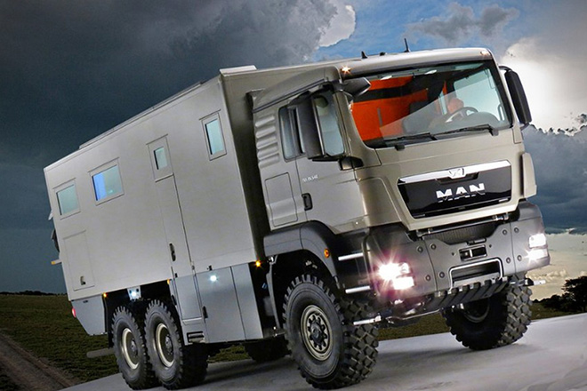 Action Mobil Atacama 7900