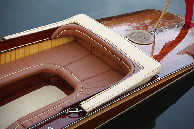 Riverbreeze Powerboat by Frank Stephenson 3
