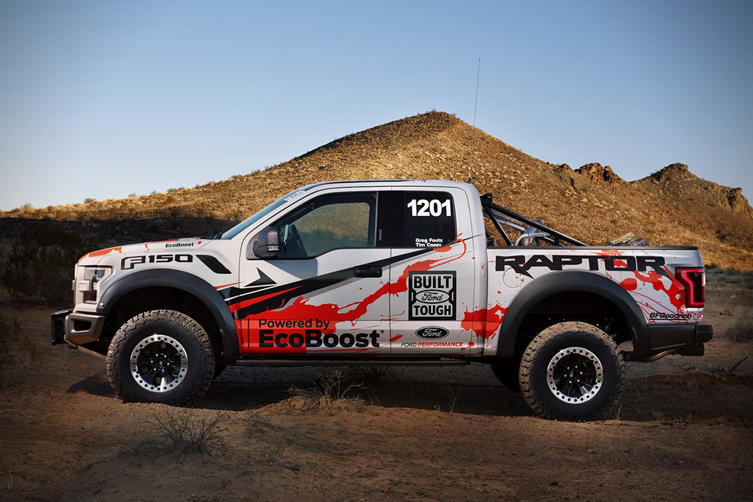 2017 Ford F-150 Raptor Race Truck 04