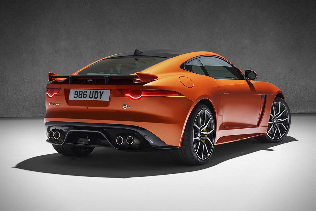 Jaguar F-Type SVR 5