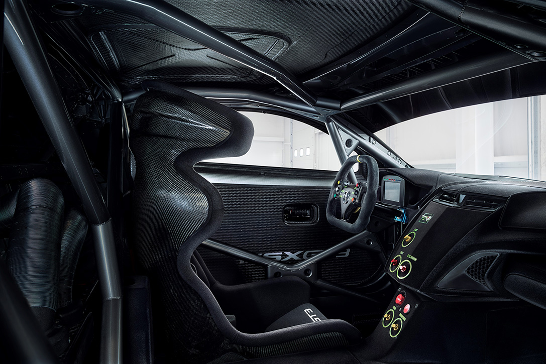 Acura NSX GT3 Race Car 6