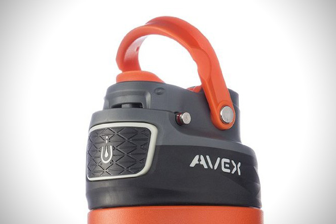 AVEX FreeFlow Stainless Autoseal Water Bottle 1
