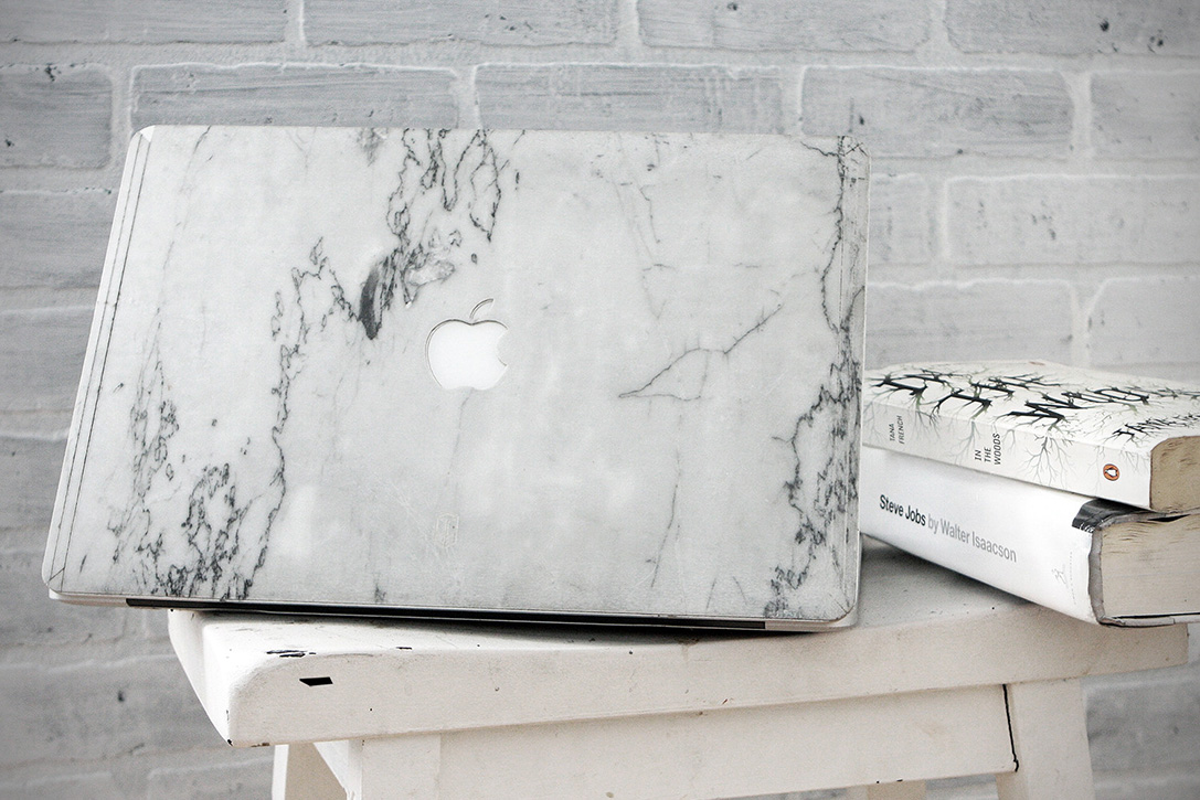 Element Marble Laptop Cover 1