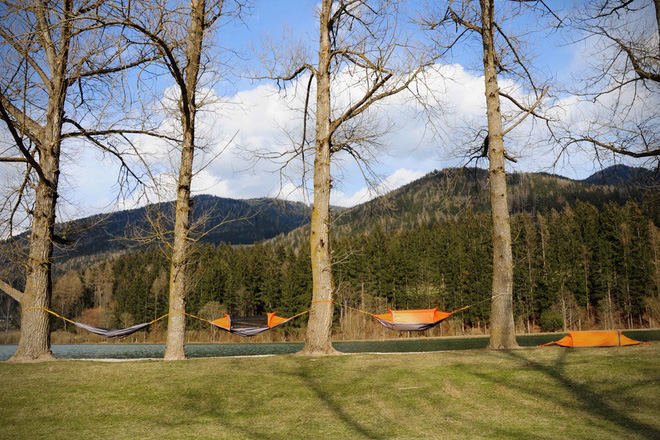 Flying Tent 3
