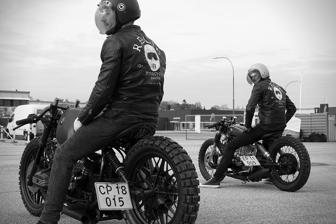 BMW R100S Black Baron by Relic Motorcycles 05