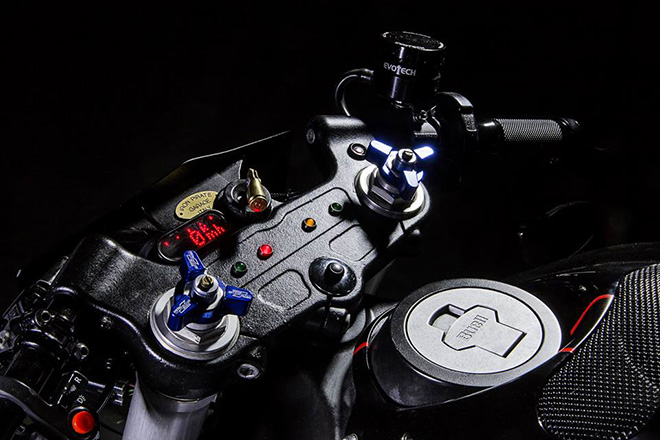Buell XB9 Cafe Racer by IRON Pirate Garage 6