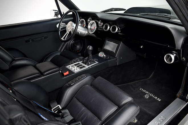1967 Ford Mustang Obsidian 06