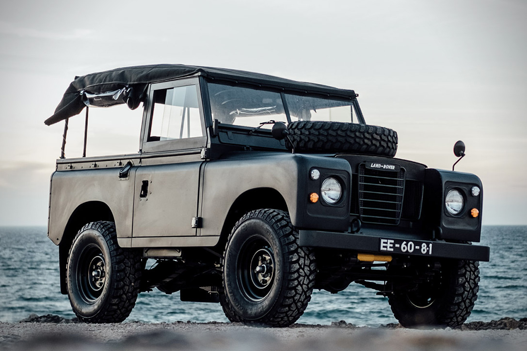 1972 land rover series 3 defender hiconsumption. Black Bedroom Furniture Sets. Home Design Ideas