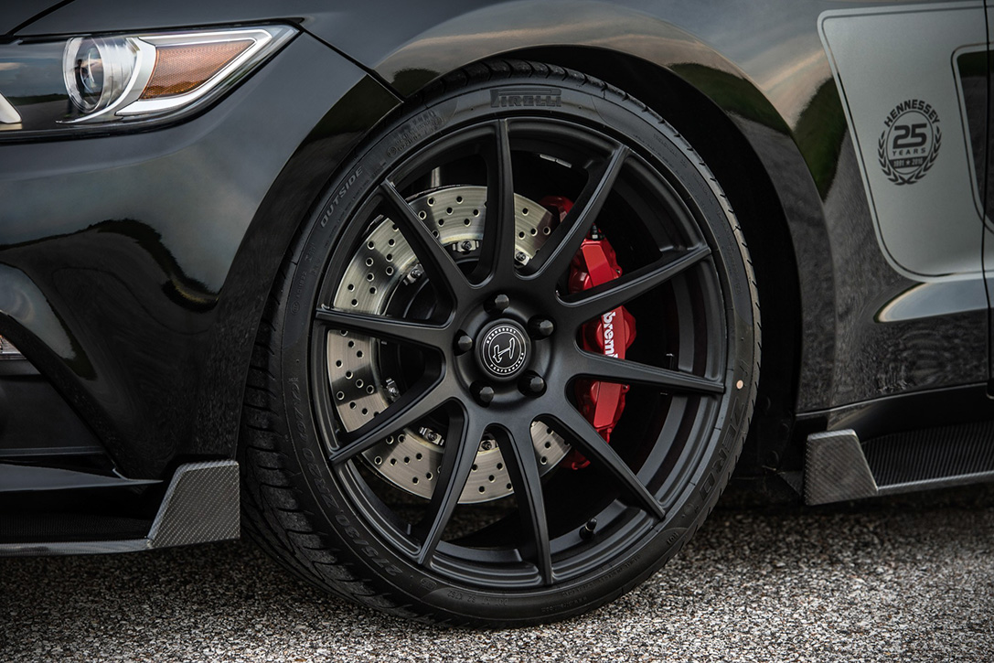 Hennessey 25th Anniversary Edition HPE800 Ford Mustang 6