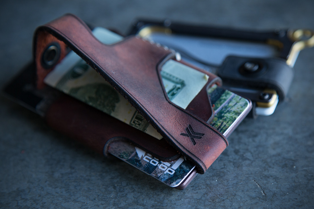 Trayvax Contour Wallets 2