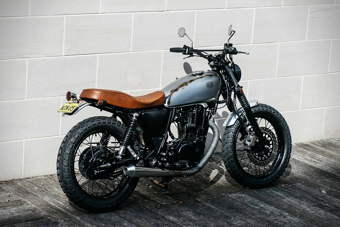 Yamaha Sr400 Flaneur By Deus Ex Machina Hiconsumption