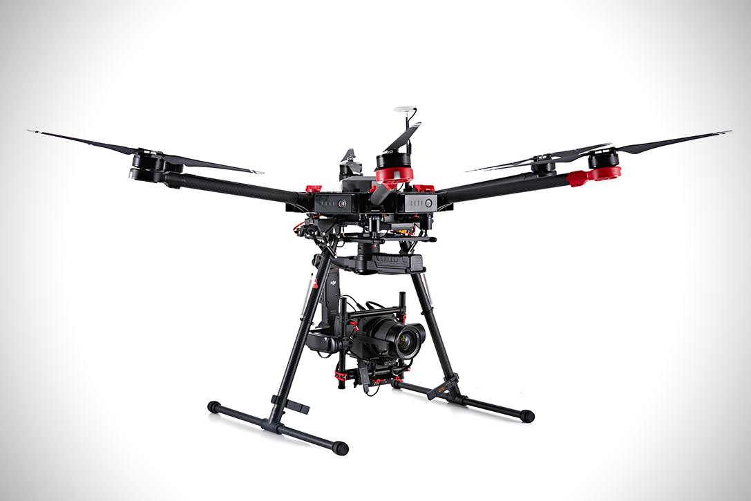 Hasselblad and DGI A5D-M600 Drone 2