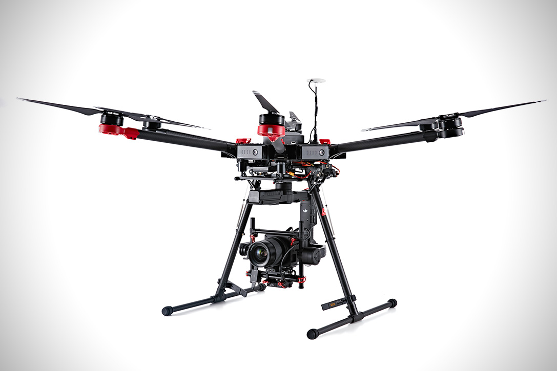 Hasselblad and DGI A5D-M600 Drone 3