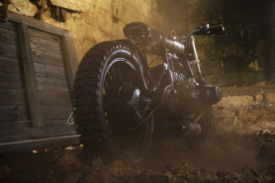 The BMW R65 Mad Max Motorcycle Is A Post-Apocalyptic Rat Bike