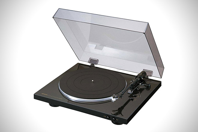 Spin Me Right 'Round: 8 Best Turntables Under $500