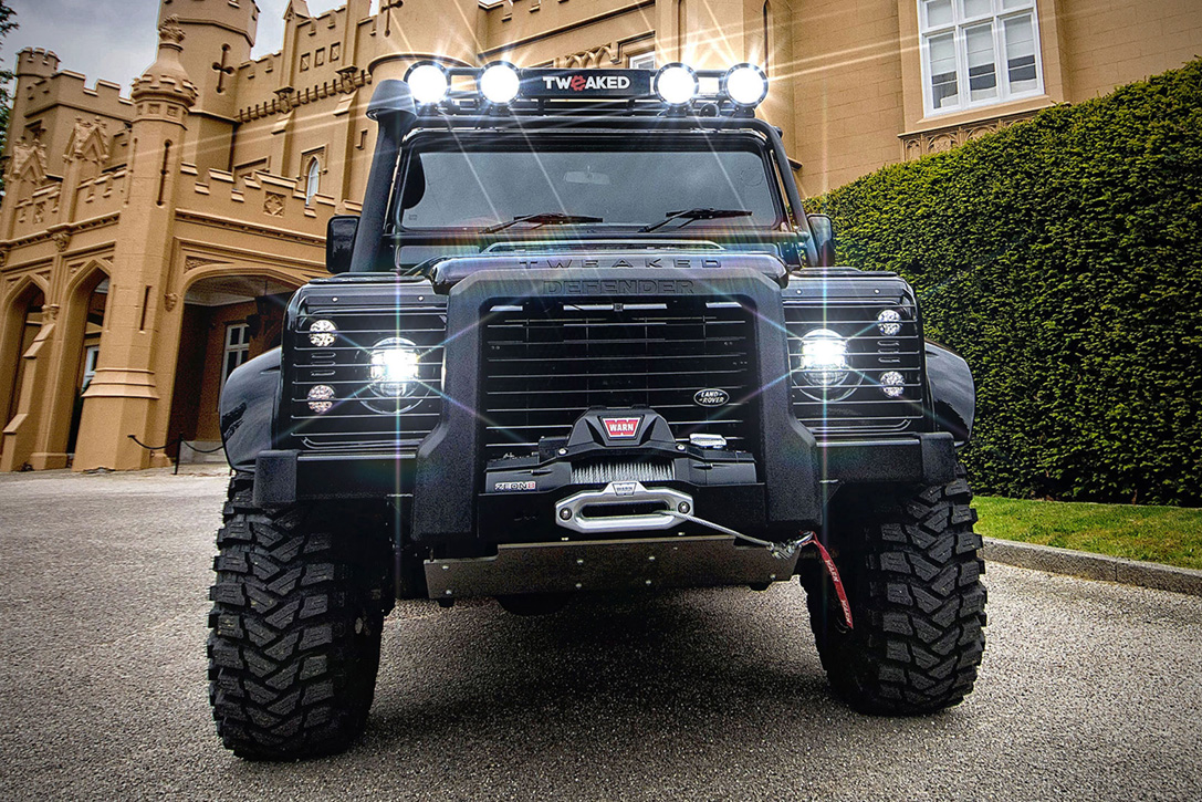 Land Rover Defender 90 Spectre Edition Hiconsumption Lights