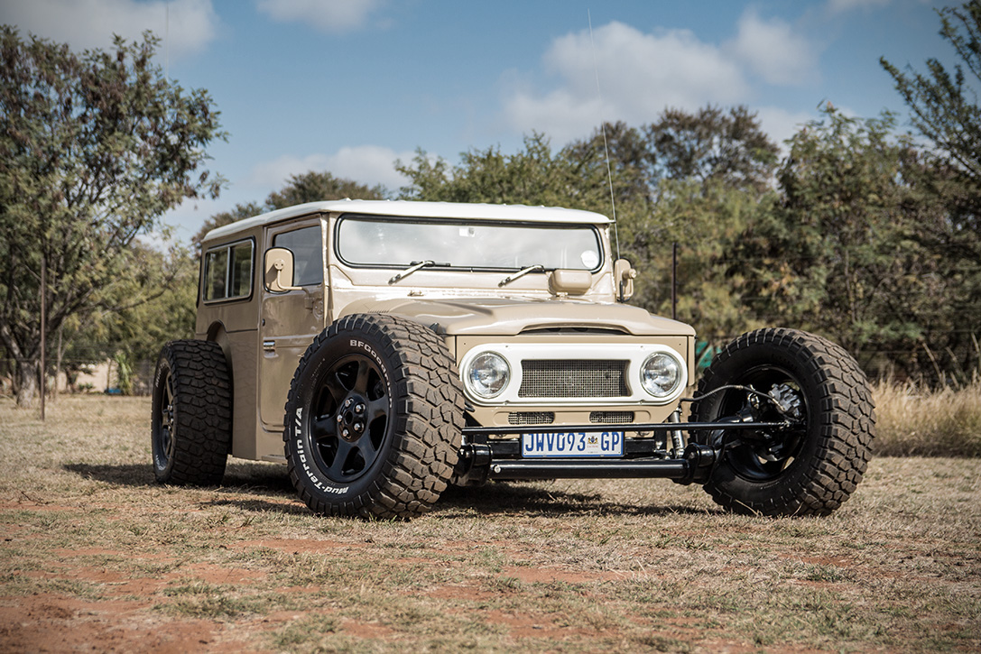 1976-land-cruiser-fj-40-hot-rod-by-allers-rods-and-customs6
