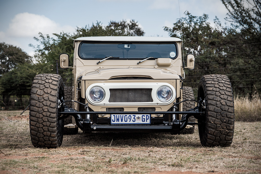 1976-land-cruiser-fj-40-hot-rod-by-allers-rods-and-customs7