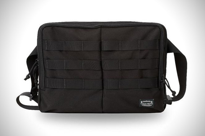 Cargo Works 13%22 Macbook EDC Kit