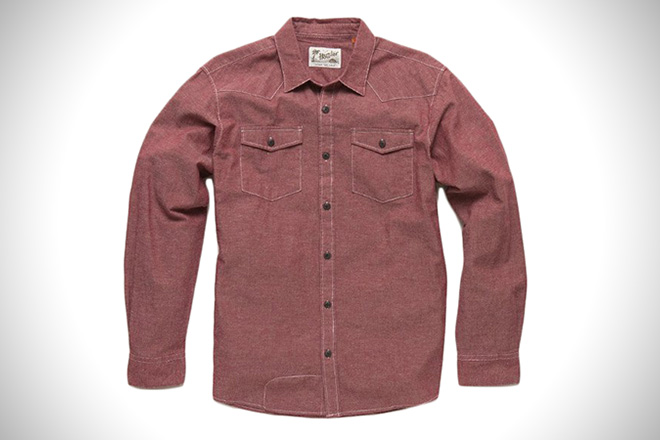 292fd93ae7a The 12 Best Chambray Shirts For Men