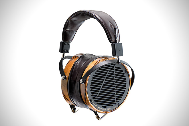 lcd-3-headphone