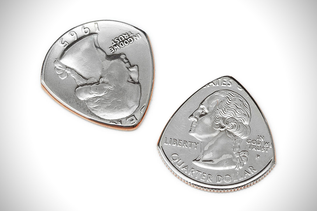 repurposed-coin-guitar-picks-02