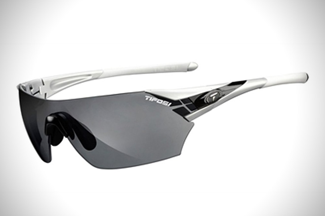 5804ba4beaf Eagle Eye  12 Best Sports Sunglasses For Men