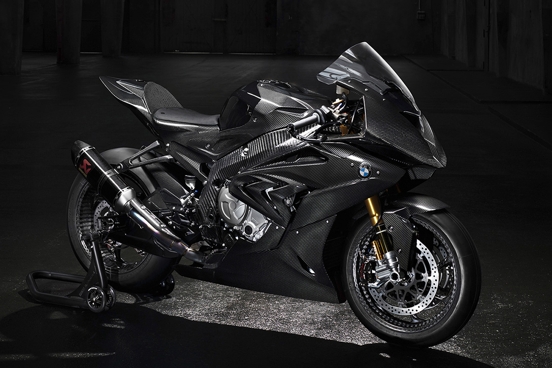 BMW HP4 RACE Motorcycle 01