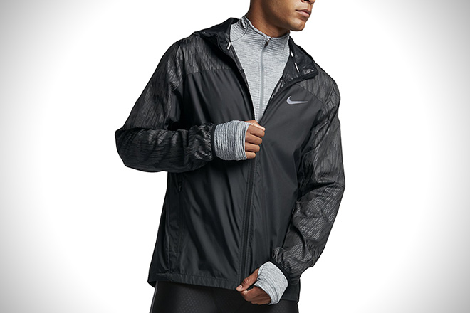a4e847a398 10 Best Reflective Running Jackets For Men