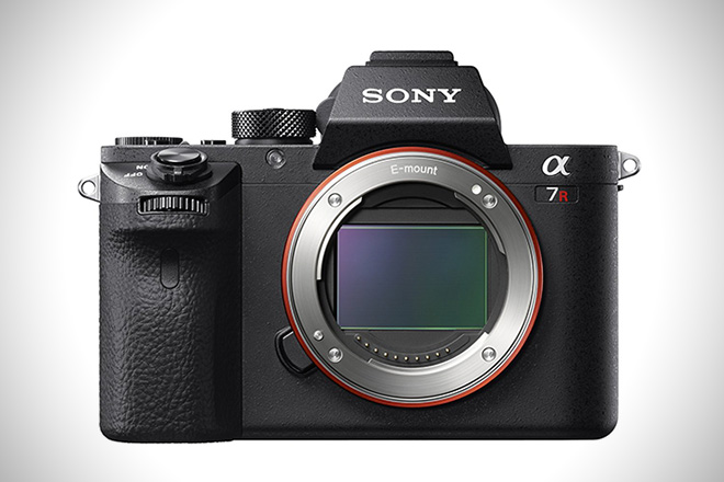Sony a7R Full-Frame Mirrorless Camera