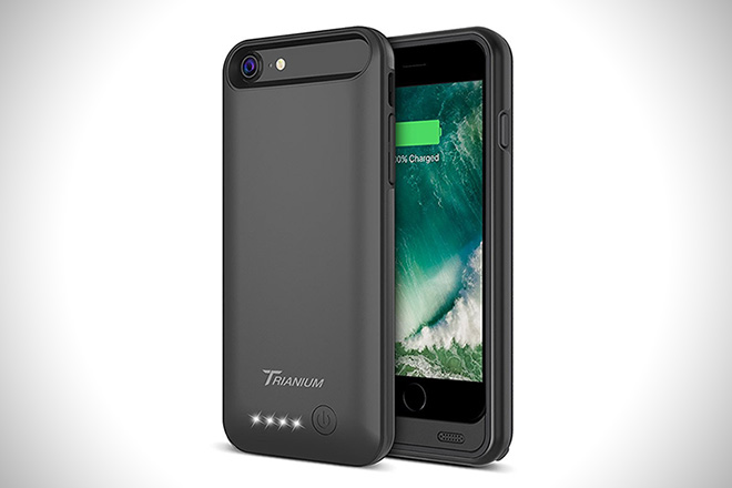 Trianium Atomic Pro Portable Charger