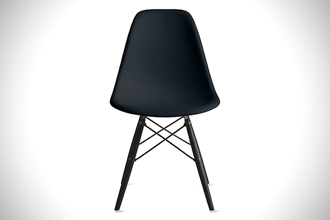 Eames Molded Plastic Dowel Side Chair