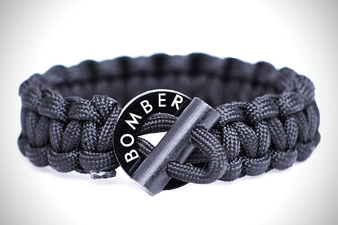 The 8 Best Paracord Survival Bracelets