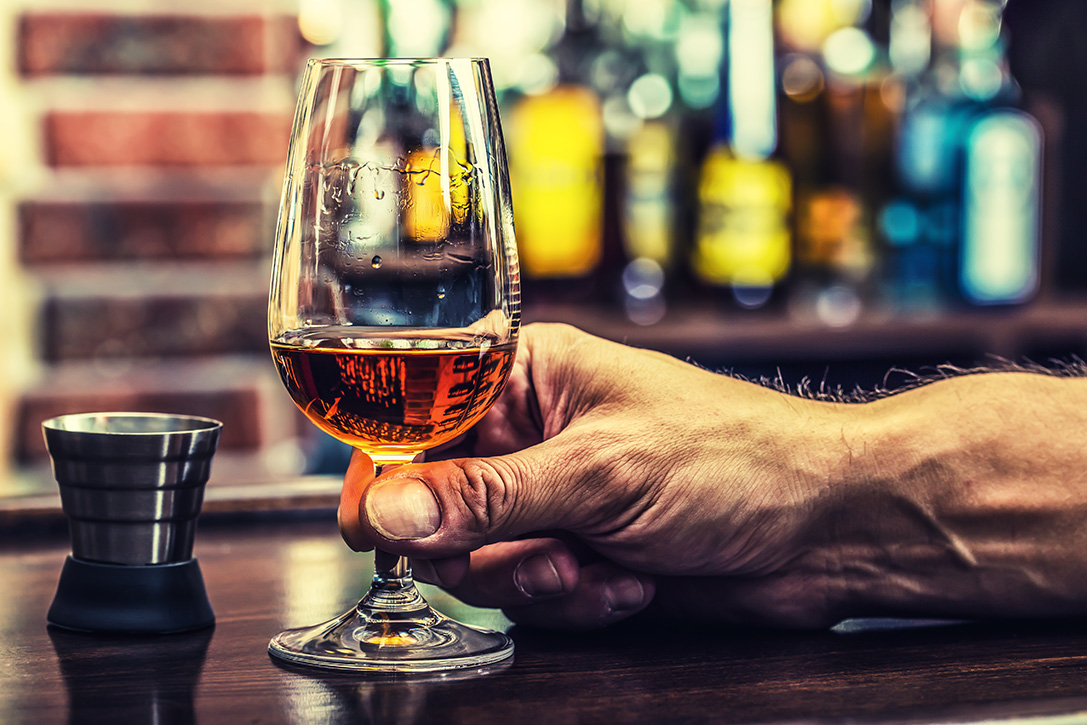 What and how to drink whiskey 37