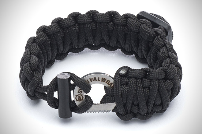 Sharp Survival Wraps Emergency Paracord Bracelet