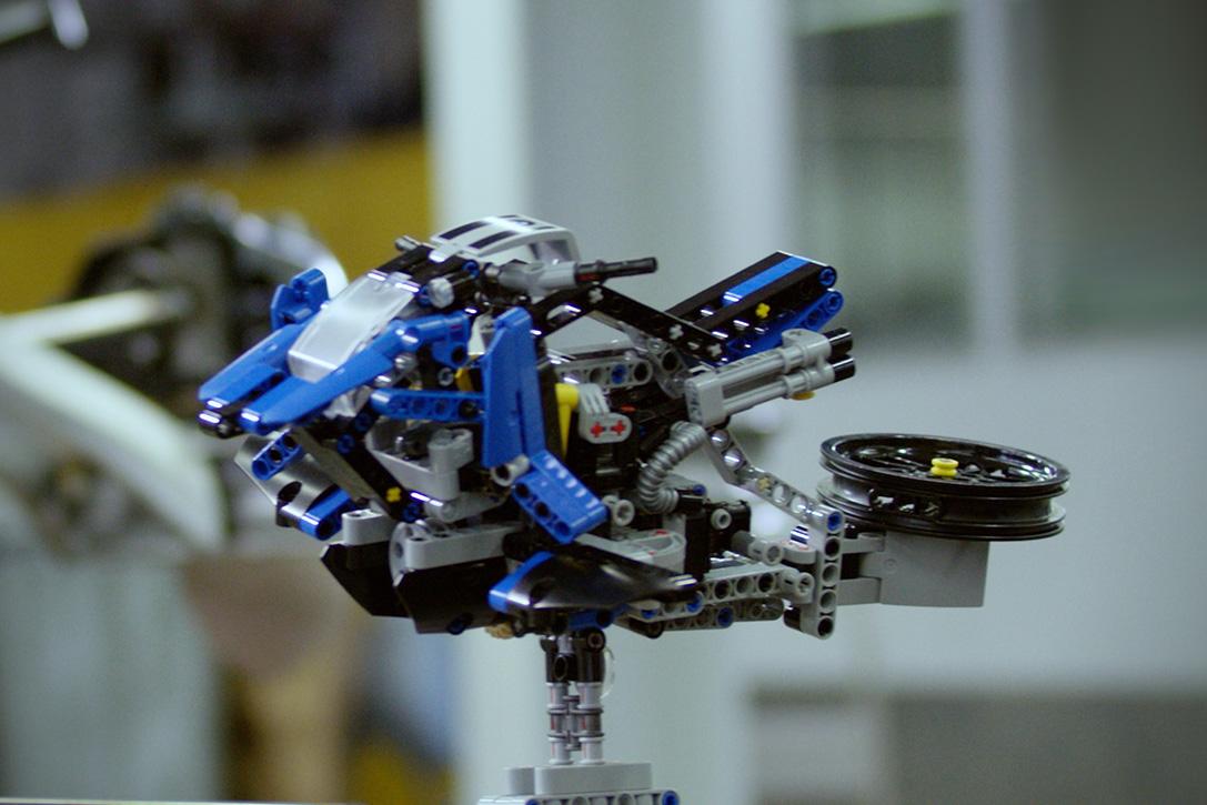 Bmw X Lego Technic Hover Bike Hiconsumption