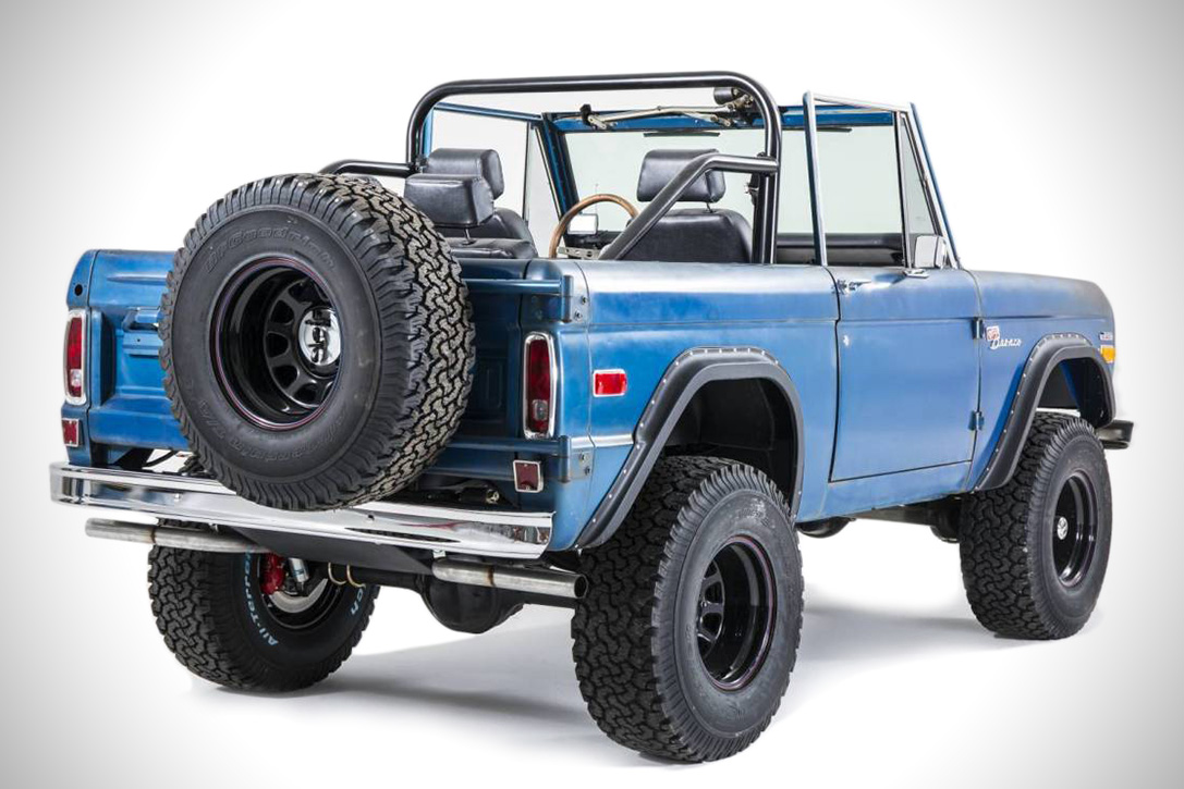 1969 Ford Bronco Patina By Cfb Hiconsumption Lifted And Is Loaded With One Of Classic Broncos Custom Stereo Systems All Told This A Top Notch Job On Off Road Vehicle