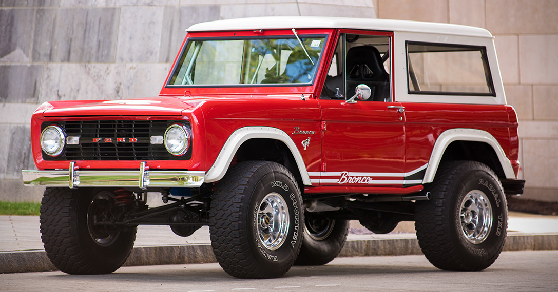 Auction Block: Restored 1966 Ford Bronco 4x4 | HiConsumption