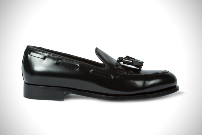 bc258b40a18 Weekend Look  15 Best Loafers For Men