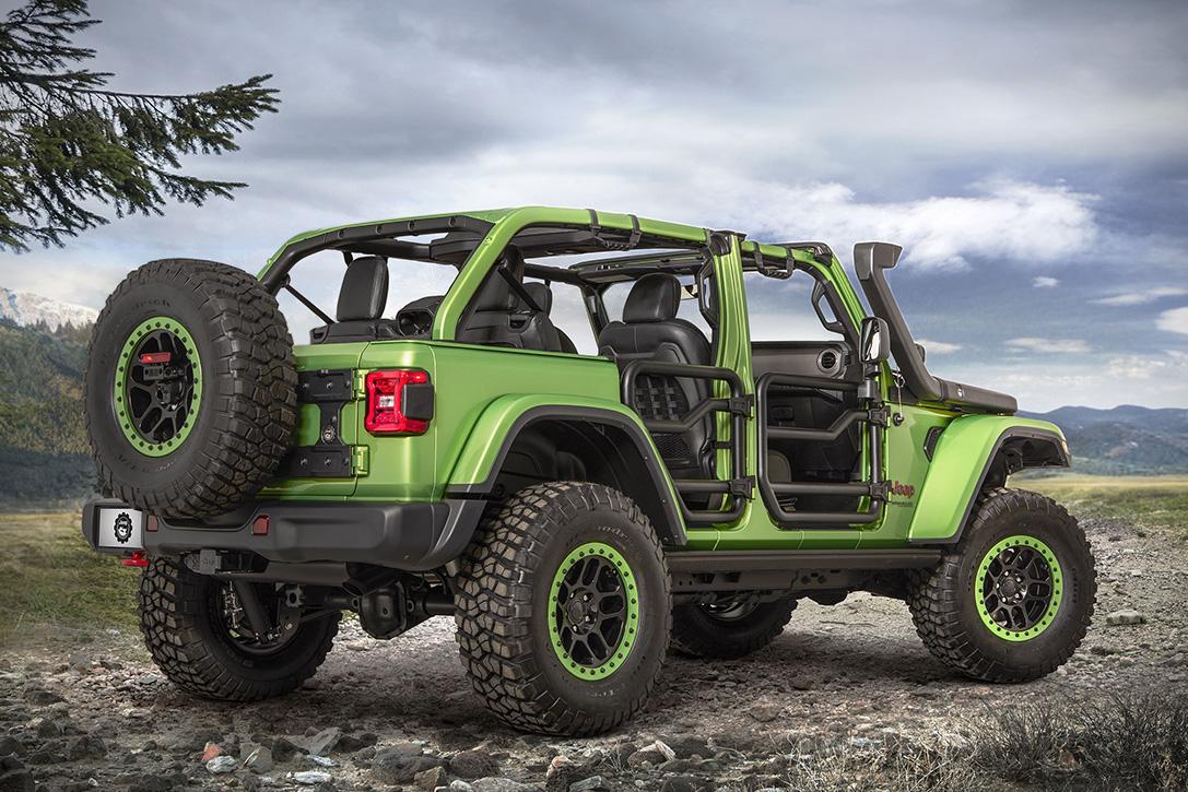 Tires For The Snow >> 2018 Mopar Jeep Wrangler Rubicon | HiConsumption