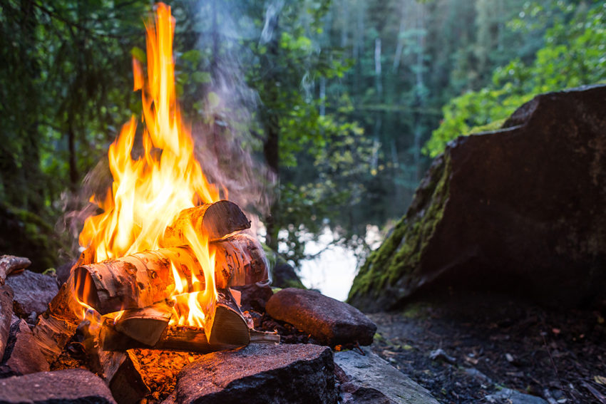 Camping Fire Pit >> Campfire Carriers 10 Best Portable Fire Pits Hiconsumption