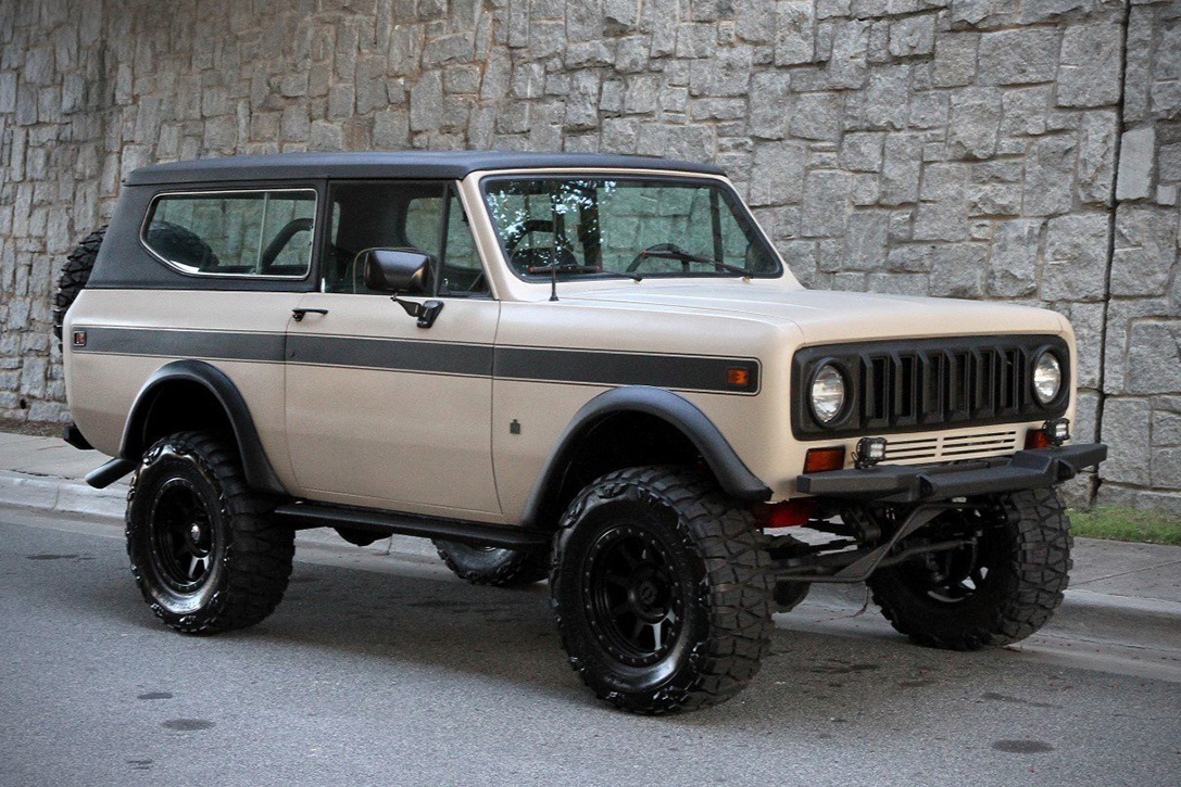 A likewise Sc Hw Monte M also International Scout Custom Restored X Scout Bronco Ii also  further C. on 1978 international scout ii