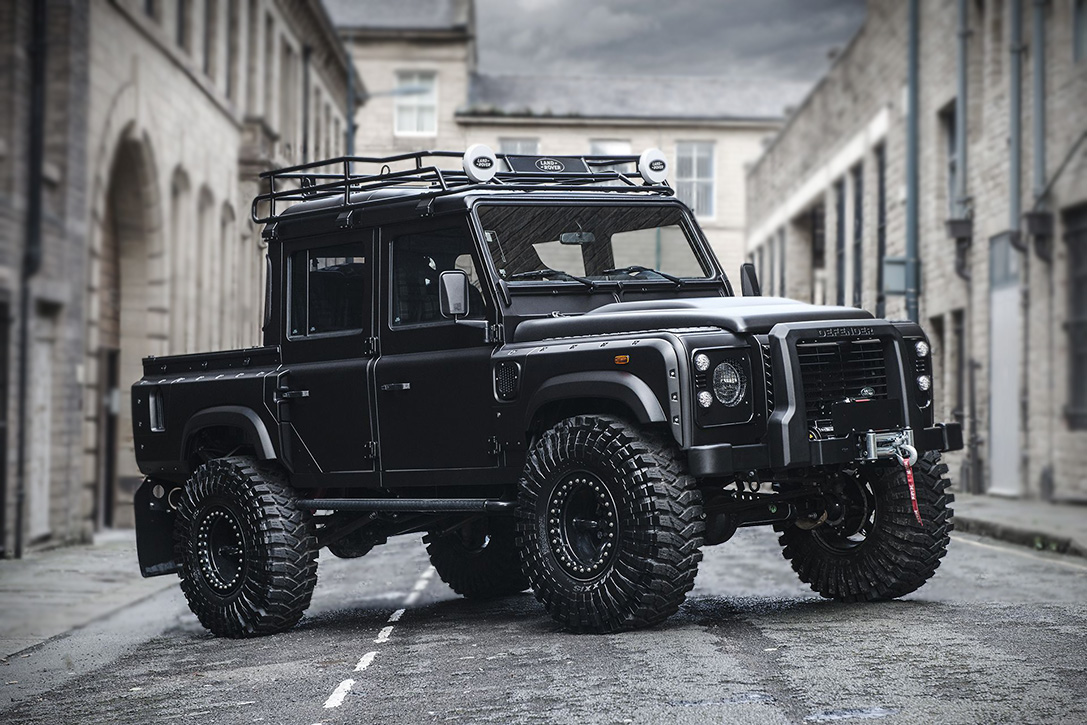Land Rover Defender 'Bigfoot' By Kahn Design | HiConsumption